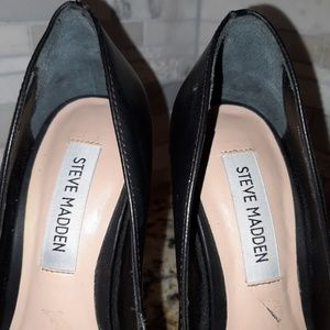 Steve Madden Shoes - Steve Madden black heels